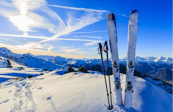 Ako sa poistiť na lyžovačku a na čo si dať pozor