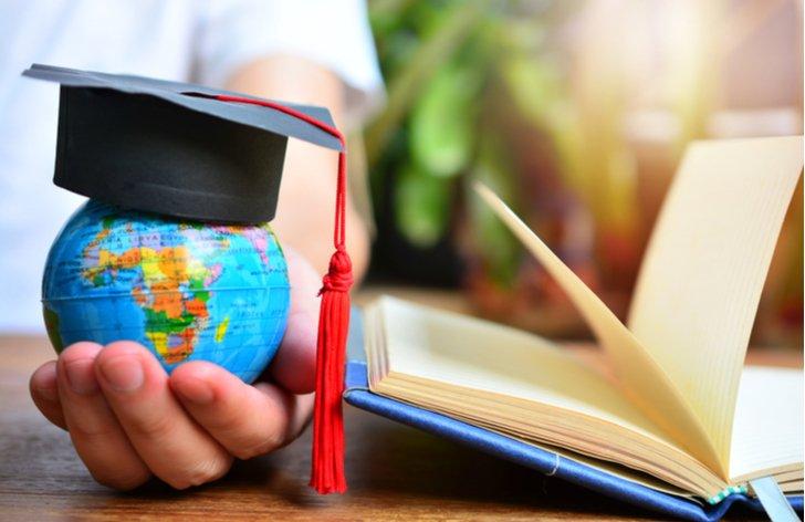 Štúdium v zahraničí. Koľko to bude stáť a ako ho financovať?