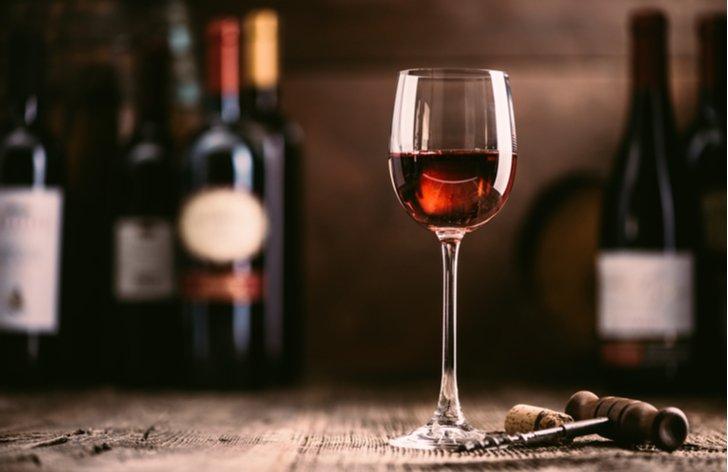Zdanění u vína - odvádí se spotřební daň?