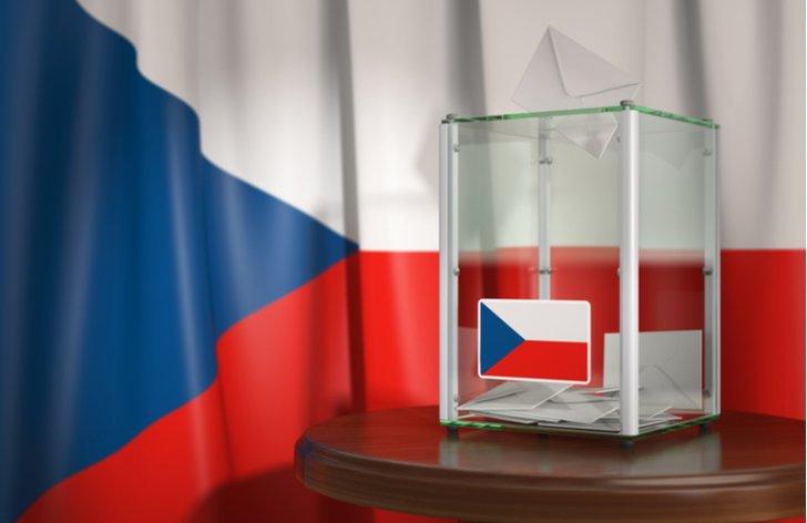 Volby do senátu v ČR: prísne hygienické pravidlá i voľba priamo z auta